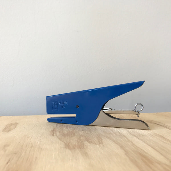 Blue Klizia Stapler