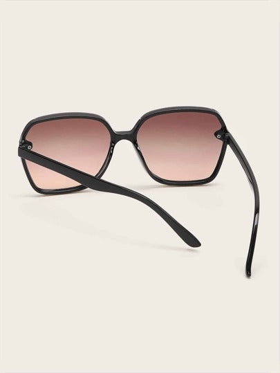 Plain Frame Tinted Lens Sunglasses - What's Your Chic