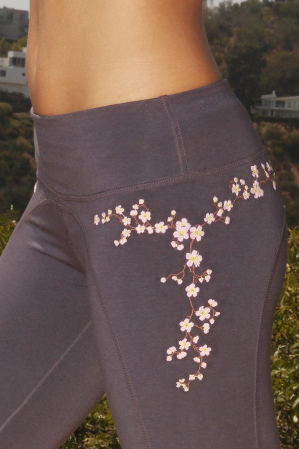 Yoga Leggings Cherry Blossom - What's Your Chic