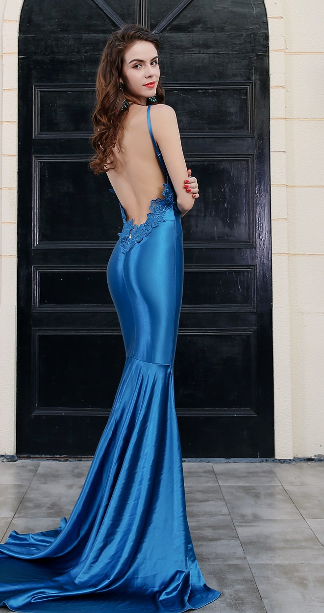 'Rapport' blue evening gown - What's Your Chic
