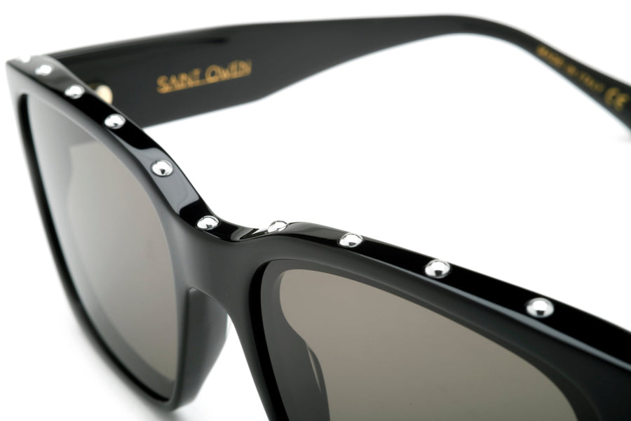 Black FEELGOOD Frame, Silver Studs
