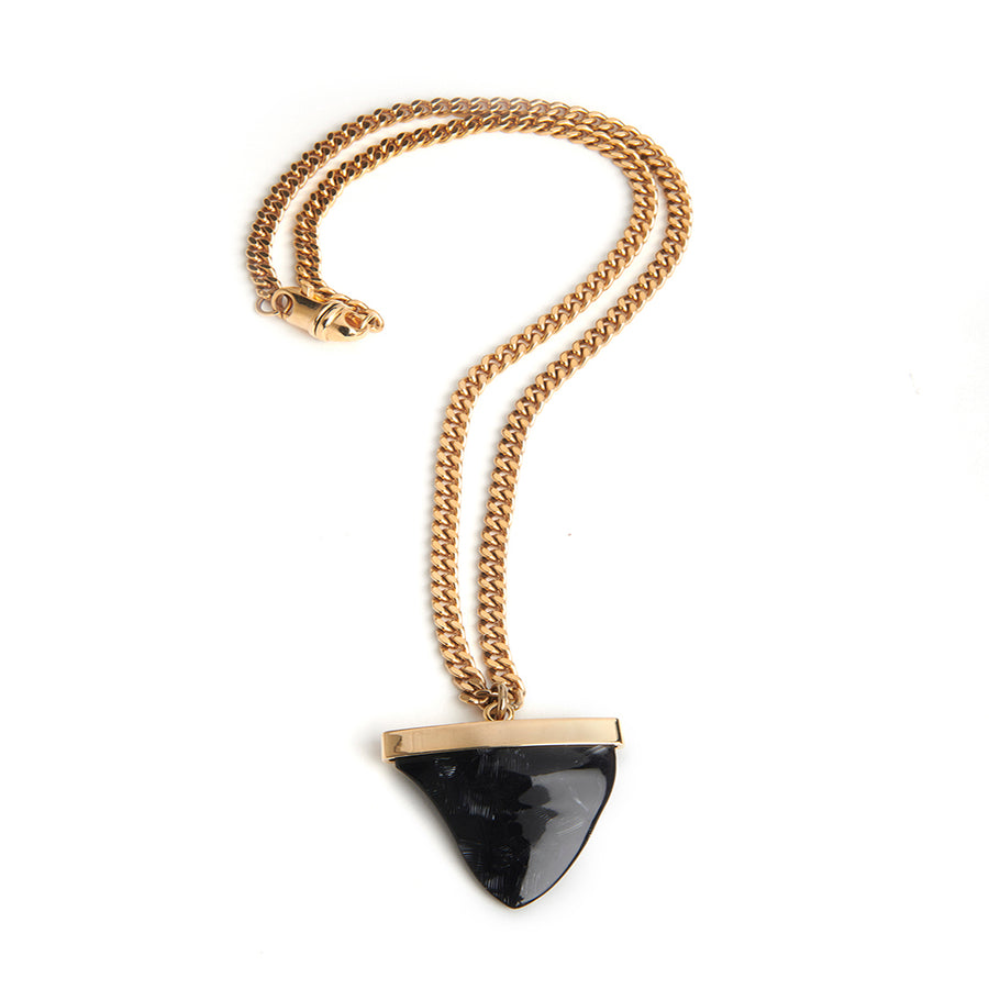 SHARKTOOTH NECKLACE Black Swan | Gold Chain