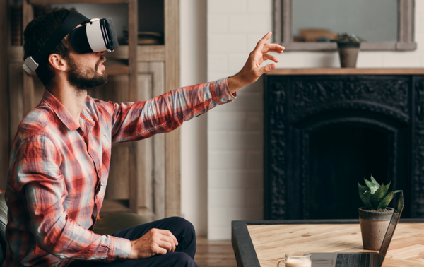 Virtual Reality Used to Alleviate Pain and Anxiety