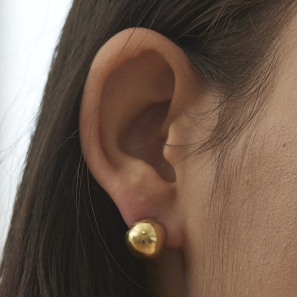 Shell huggie earrings