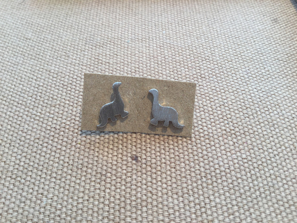 E011_Dinosaur Earrings