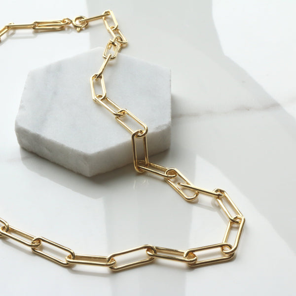 Square link necklace