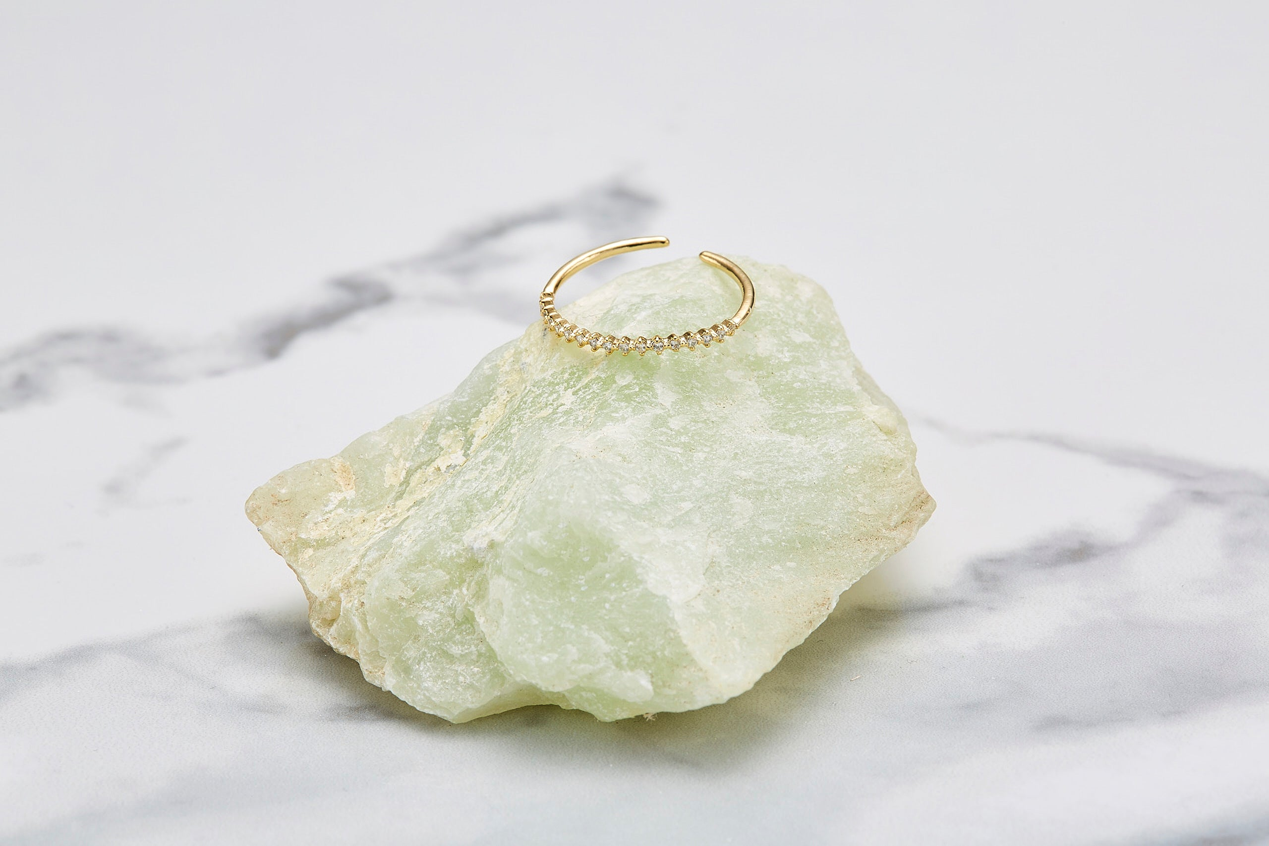 Sharp circle cubic ring