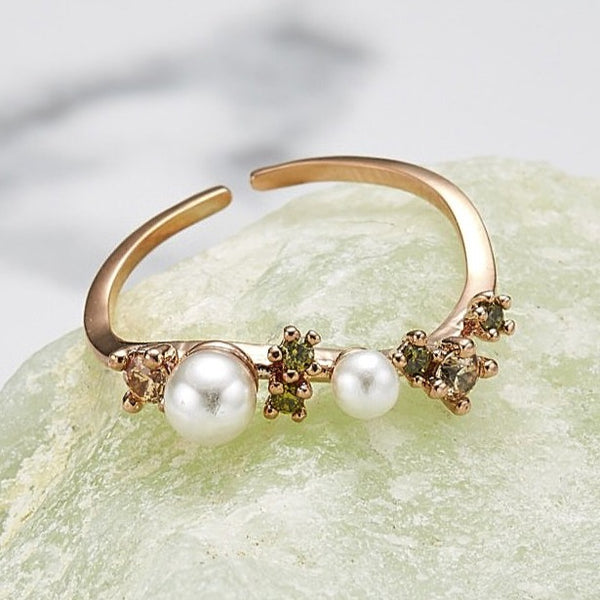 Pearl galaxy ring