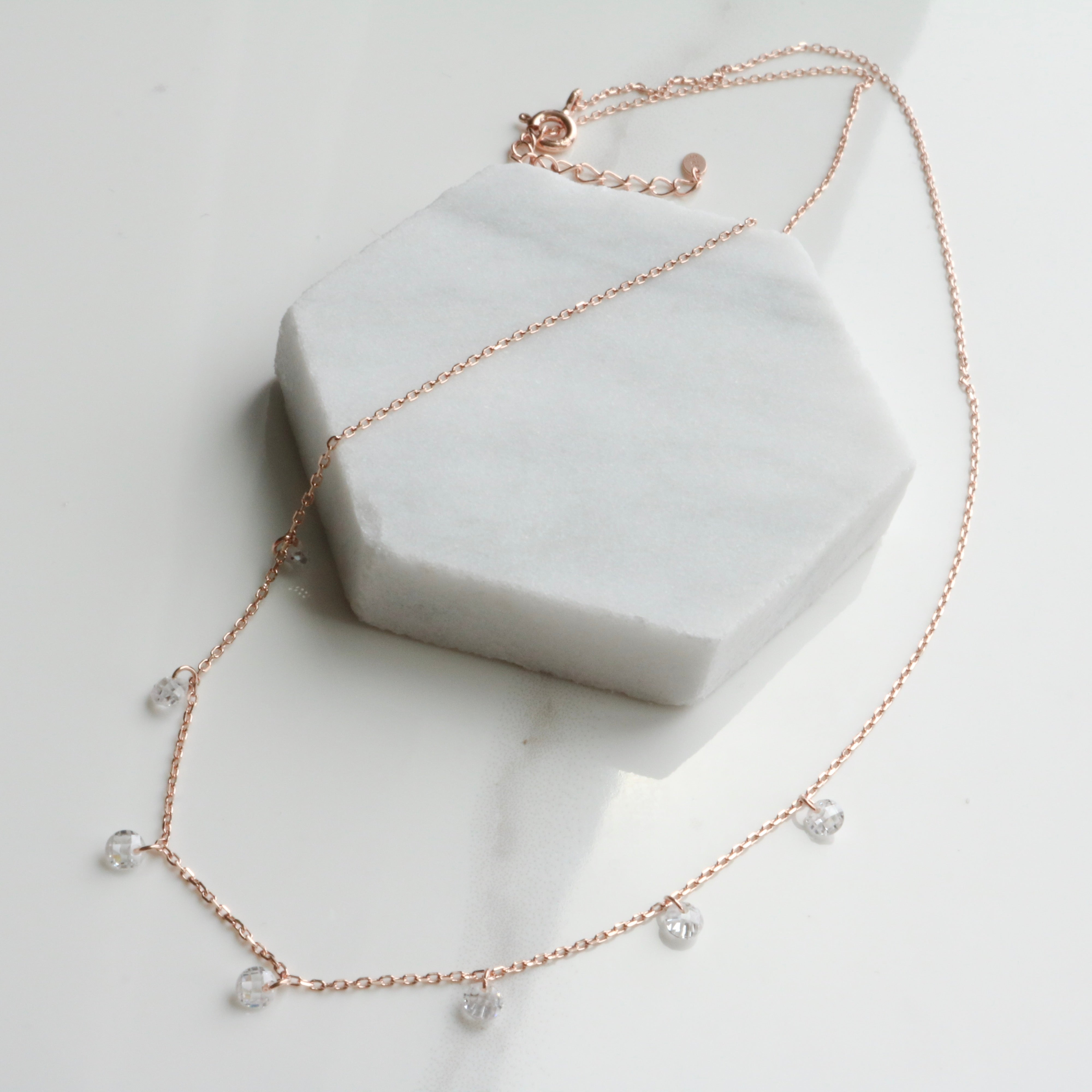 seven drops cubic necklace