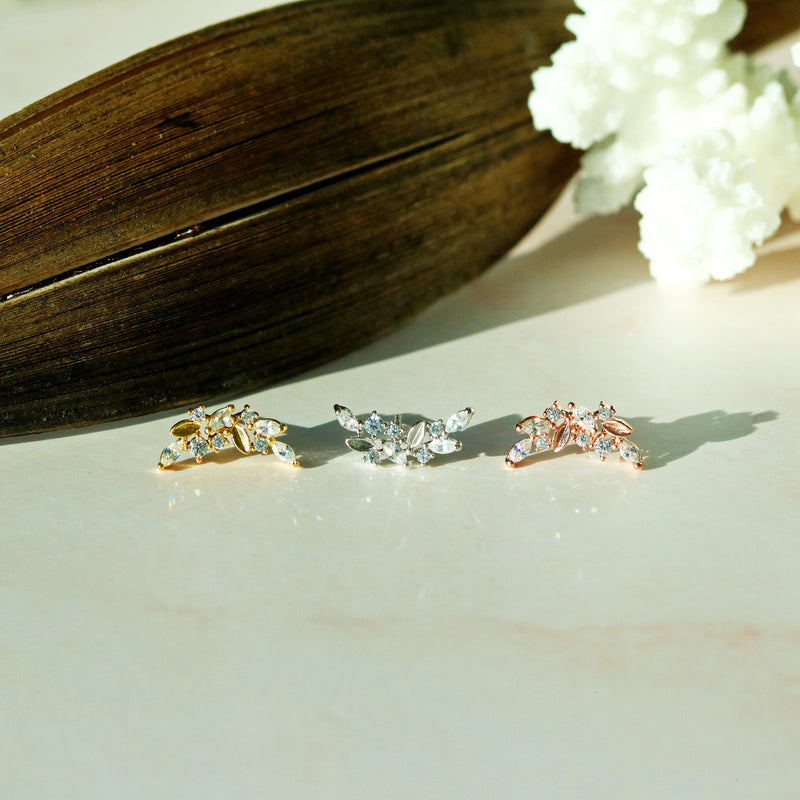 Cubic wing shape earrings