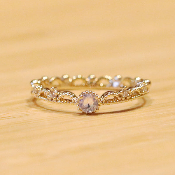 Crown AB cubic ring