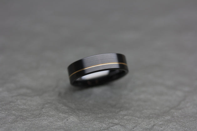 Black Wedding Band in Zirconium and Yellow Gold
