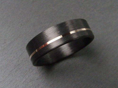 14k Yellow Gold and Black Carbon Fiber Ring in Hand Wound Style