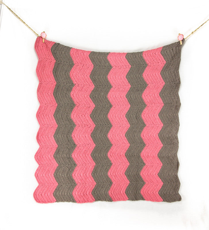Chevron Blanket Pink and Grey - Hanging2