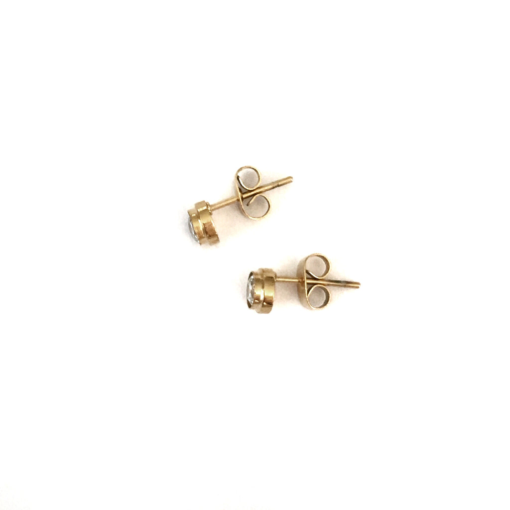 Crystal Dot Studs - 3 colours - Suradesires - 3