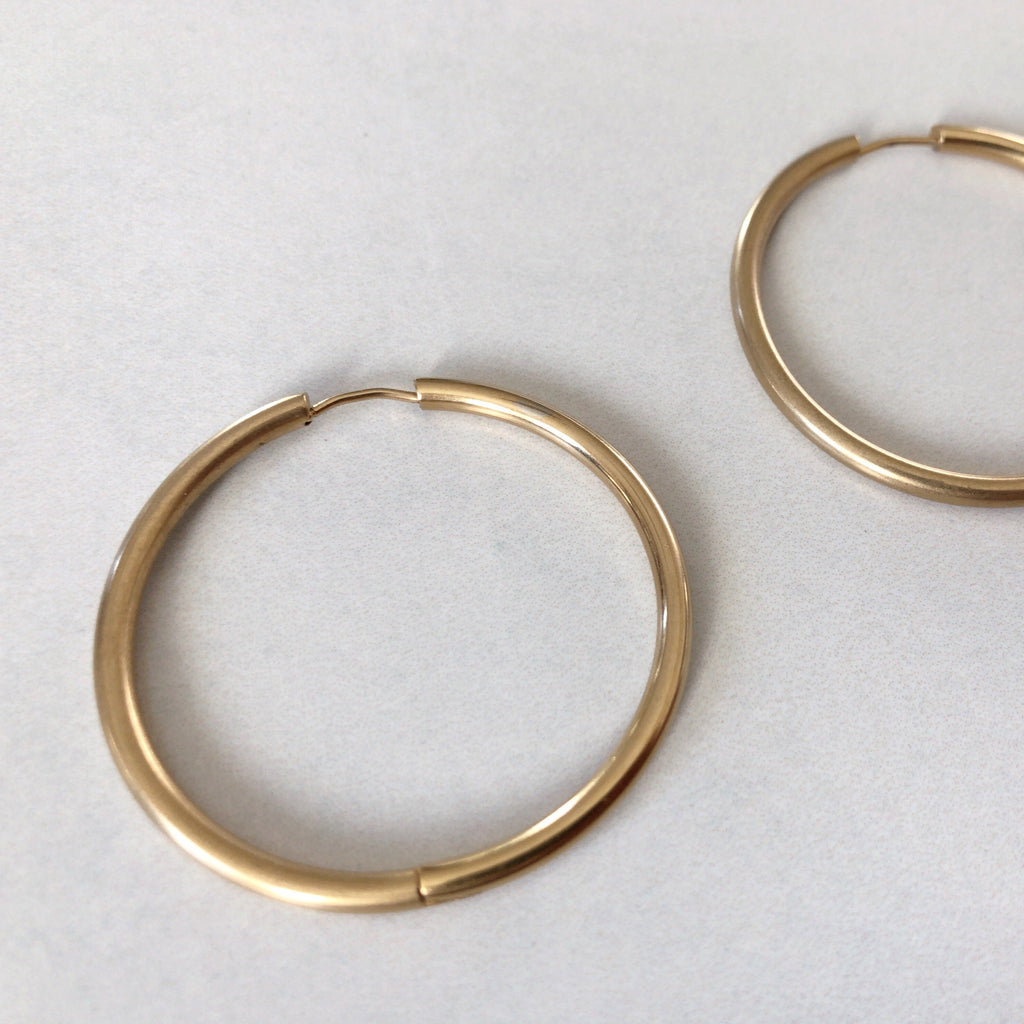 Thick Gold Hoop Earrings-Suradesires-Gold-Suradesires