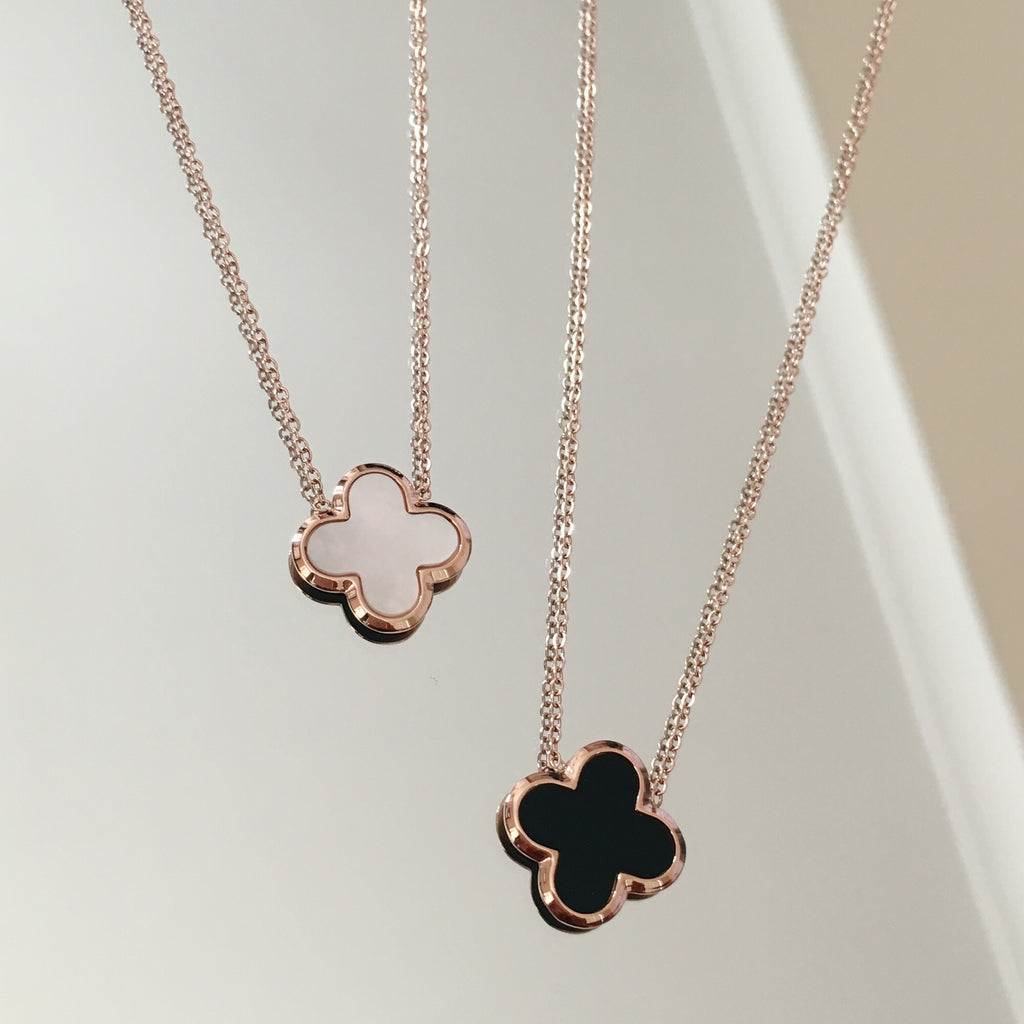 Rose Gold Clover Necklace 2-Suradesires-Suradesires