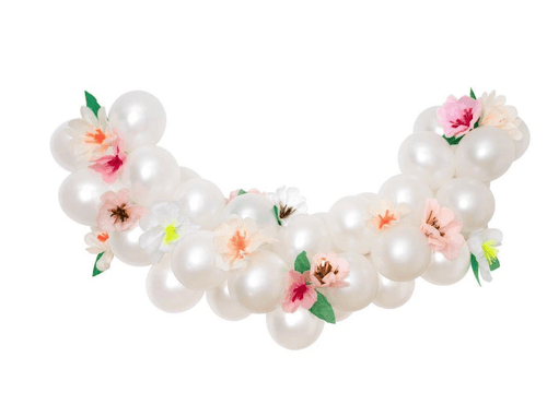 ARRIVING SOON: Blush Floral Balloon Garland Kit