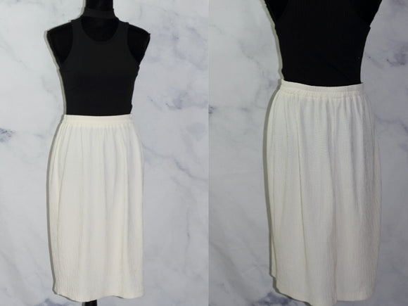 White Pleated Skirt (16 Plus SIze)