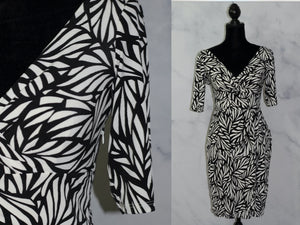 Maggy London White & Black Cotton Sheath Dress (4)
