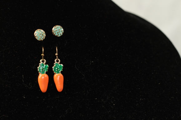 Carrot Earrings (2pc set)