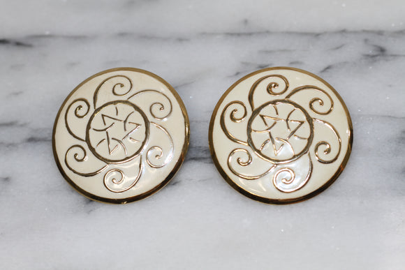 White & Gold Round Earrings
