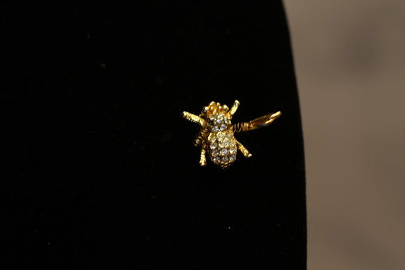 Vintage Gold & Rhinestone Fly with wings Brooch. Free Shipping.