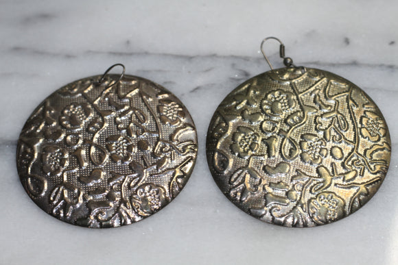 Silver Roud Earrings