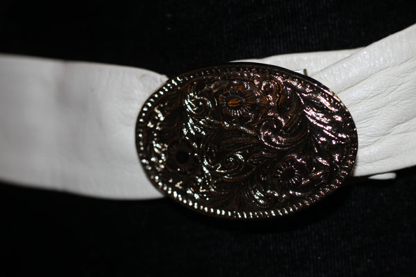 90's Faux Leather White Belt with Silver Decorative Buckle *Excellent Condition