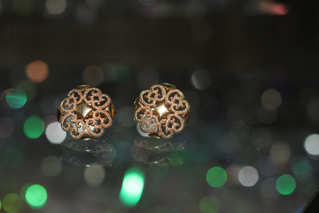 1980's Gold Clip On Earrings