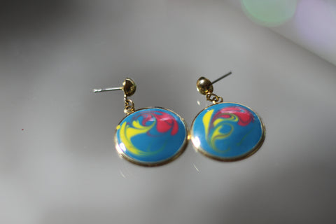 1980's Multi Color Round Dangle Earrings