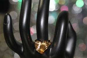 90's Gold Heart Ring with Rhinestones Size: 5 1/2