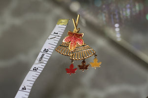 Multi Color Leaf Rake Brooch *Excellent Condition
