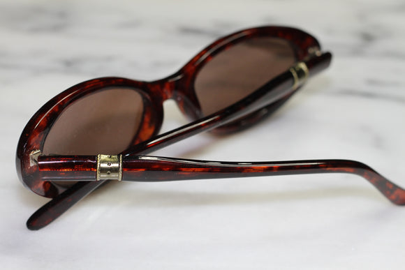 Brown Tortoise & Gold Oval Sunglasses