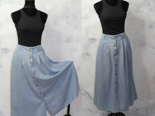 Capacity Petites Classic Light Blue Denim Flare Skirt (L)