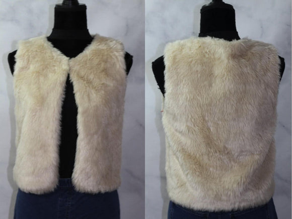 B - Sharp Cream Faux Fur Vest (M)
