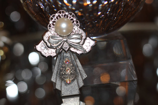 Silver Angel with Pearl Head Brooch