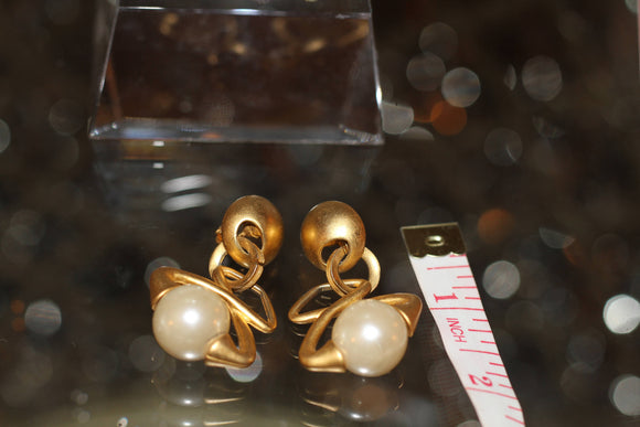 Gold Tone & Pearl Earrings