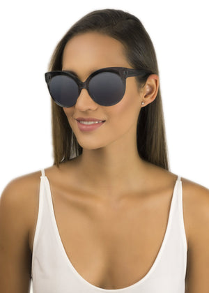 W8 KENSINGTON / CRYSTAL BLACK GREY MIRROR - Fashion Women's Sunglasses Sienna Alexander London