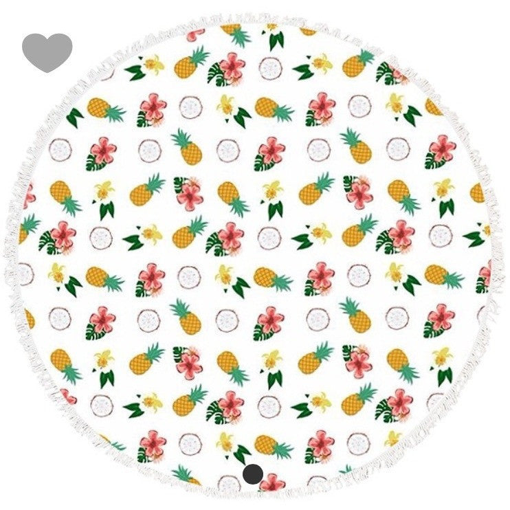 Pineapple dreams round beach towel