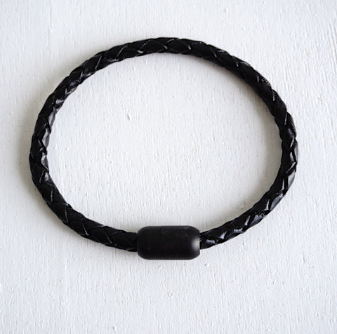 Matte Black Magnetic Clasp No.2 with Genuine Braided Leather