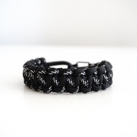 Cobra Paracord Bracelet with Multicolor Paracord