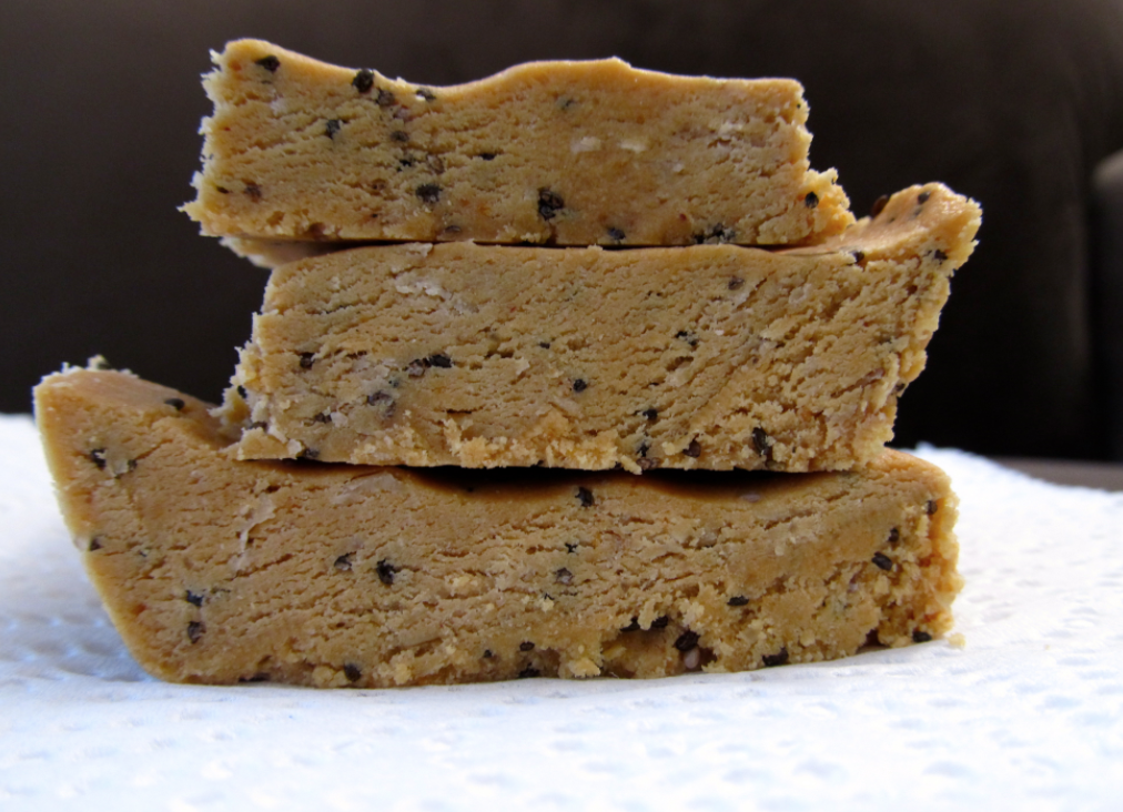 Homemade Low Carb High Fat Keto Energy/Protein Bars