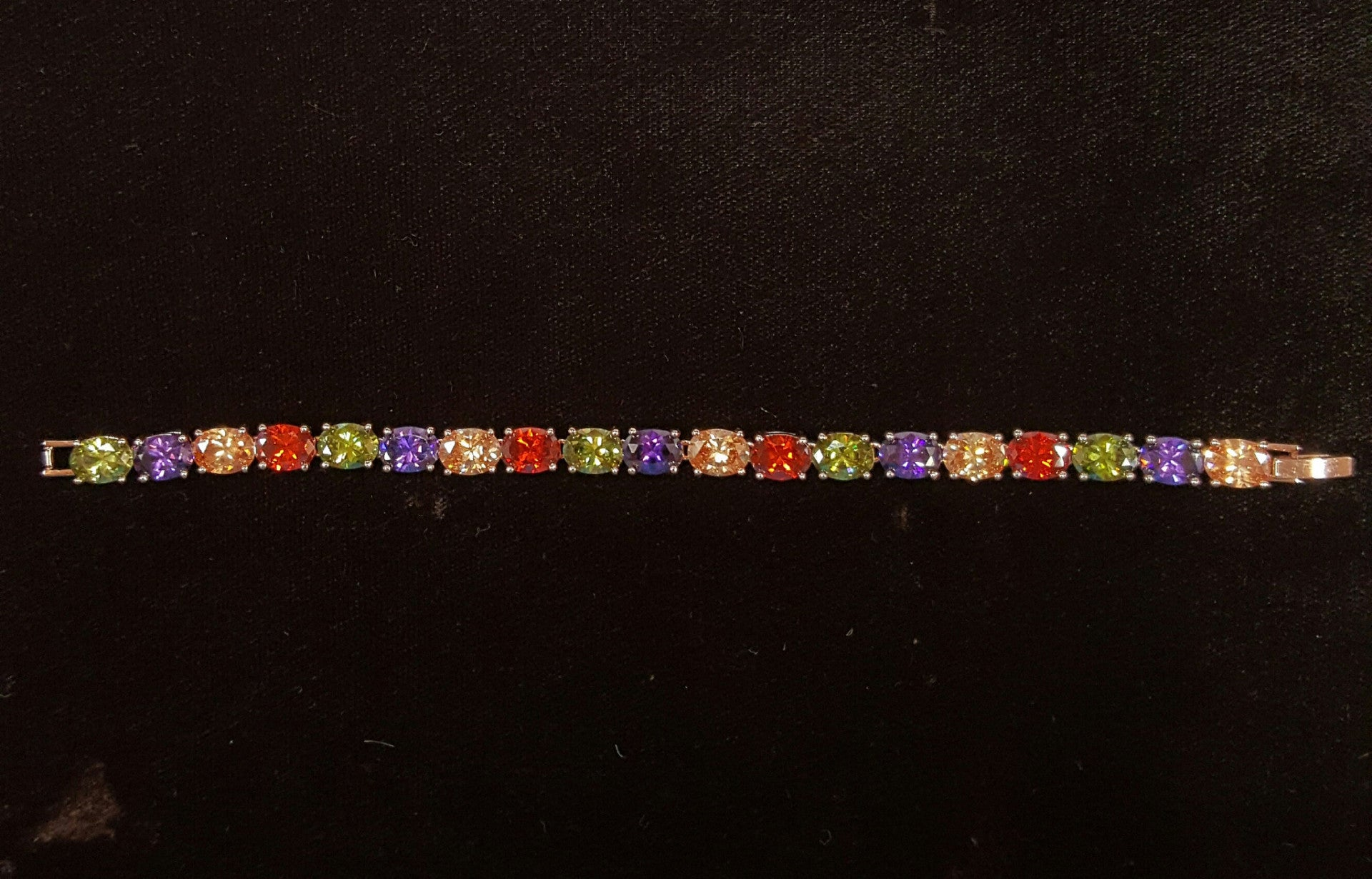 FG005 - 20.0 ctw Multi-Color Gems - Trinkets & Things Handmade with Aloha
