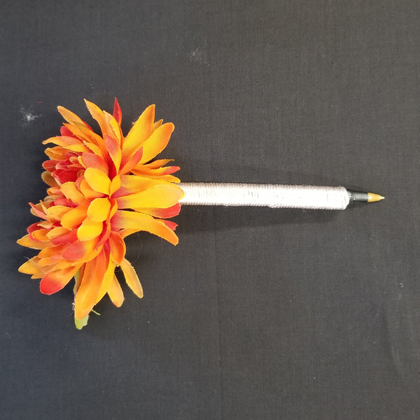 M122 Silk Flower Topped Pen - Trinkets & Things Handmade with Aloha