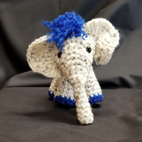 CC036 Crochet Elephant - Trinkets & Things Handmade with Aloha