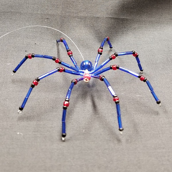 M154 Beaded Christmas Spider - Trinkets & Things Handmade with Aloha