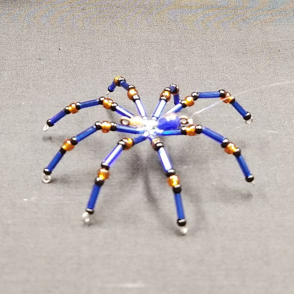 M146 Beaded Christmas Spider - Trinkets & Things Handmade with Aloha