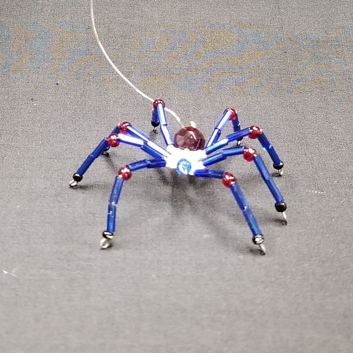 M142 Beaded Christmas Spider - Trinkets & Things Handmade with Aloha