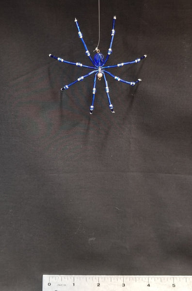 M143 Beaded Christmas Spider - Trinkets & Things Handmade with Aloha